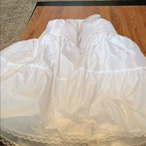 Wedding dress nylon under fill